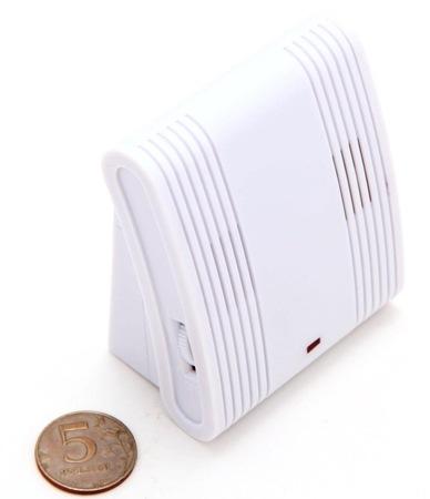 """отпугиватель комаров """"Weitech WK0029"""" имеет малый вес и небольшие размеры (кликните по фото для его увеличения)"""