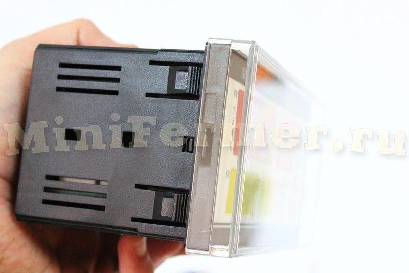 защитная панель для контроллера на инкубатор ХМ-18