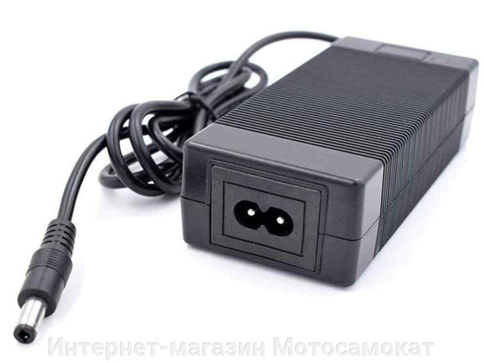 Зарядное устройство 24 вольта (4 ампера) для литиевого аккумулятора.