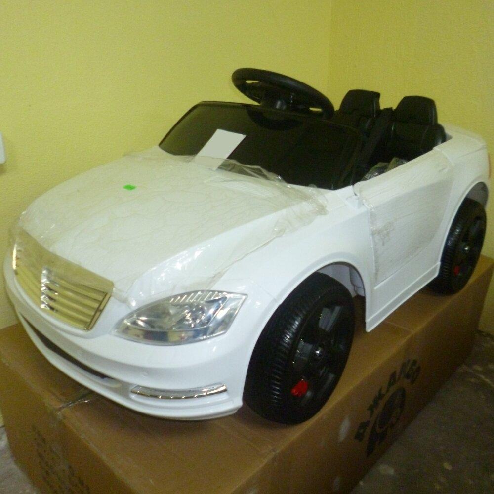 Машинка на аккумуляторе, 6V4AH*2, Р/У, колеса EVA, цвет-белый, свет, звук, открыв двери, 110*60*50см - фото pic_10ffe7716df4ca22350a4a2b4a6ad1ed_1920x9000_1.jpg