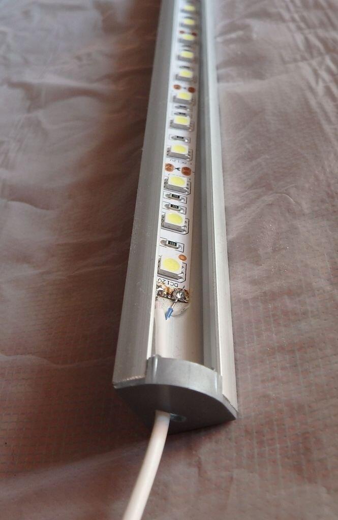 Светильник светодиодный для витрин