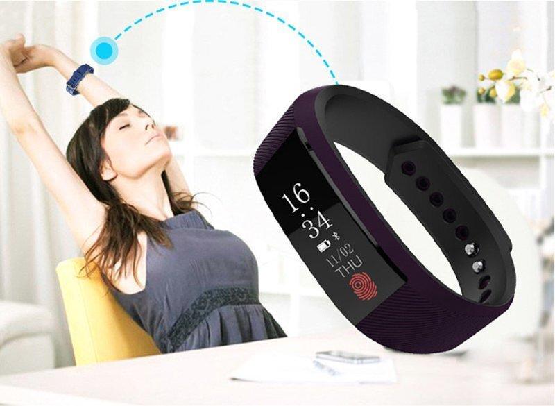Водонепроницаемый фитнес браслет W808S (фиолетовый)
