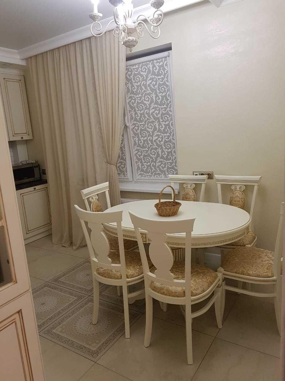 Овальный обеденный стол из массива бука раздвижной Размер 90*130 (+50 ) см. цвет слоновая кость с золотой патиной - фото pic_15ce154c6f8056dc7123c9c8d058eabc_1920x9000_1.jpg