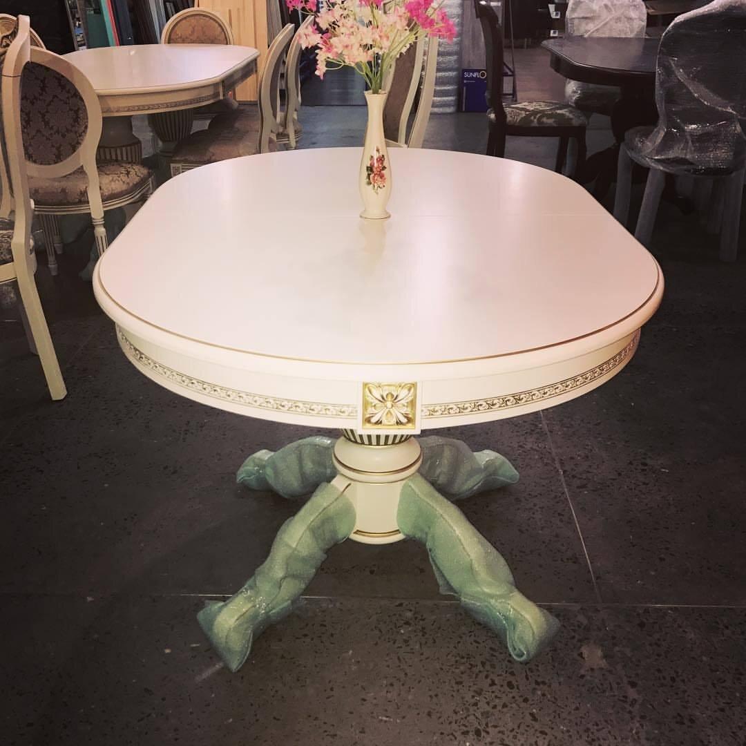 Овальный обеденный стол из массива бука раздвижной Размер 90*130 (+50 ) см. цвет слоновая кость с золотой патиной - фото pic_ed24fb6992d7de94861ebbd77a0d2bc6_1920x9000_1.jpg