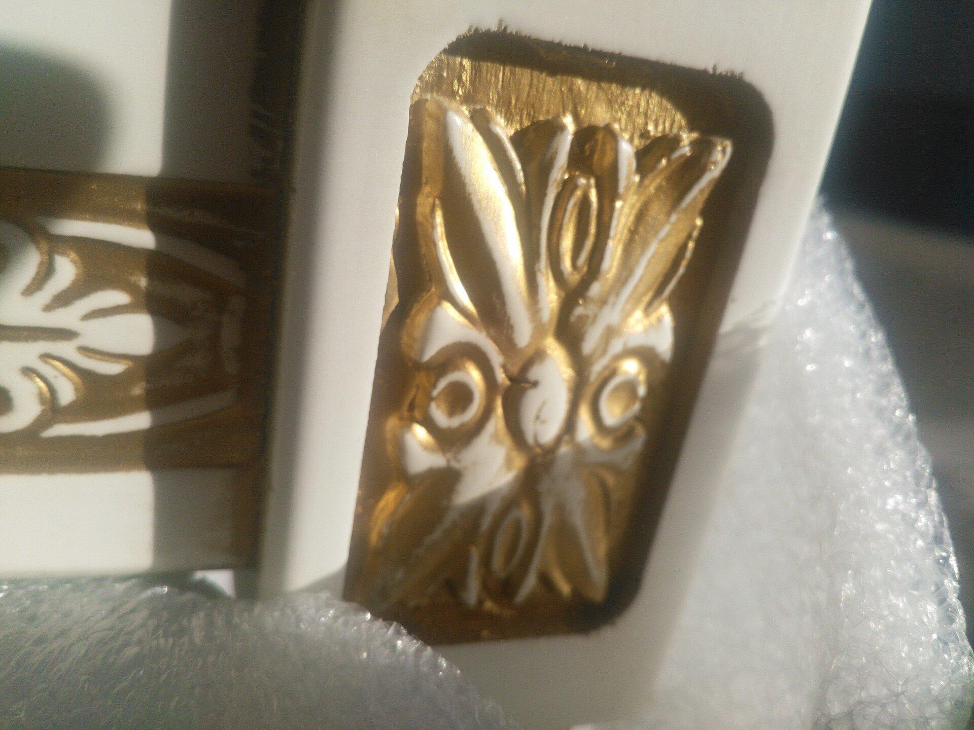 Стул из массива бука 5 слоновая кость с золотой патиной - фото pic_4c2d3339ba24015004bd04d935f11e22_1920x9000_1.jpg