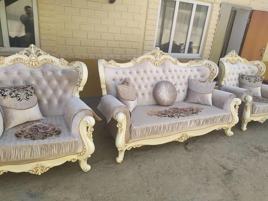 Комплект для холла 3х местный диван +2 кресла 2.20х95 см + пять подушек На диване французский раскладной механизм - фото pic_179bb2279eefd056272f83ec5ac39933_1920x9000_1.jpg