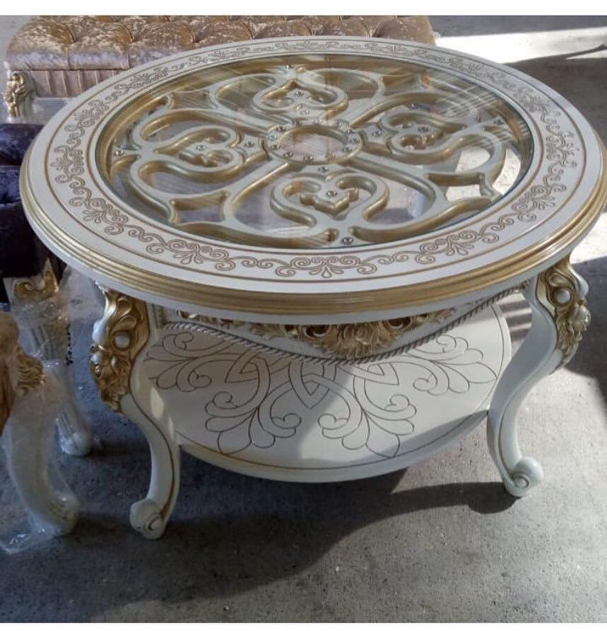 Журнальный столик из массива дерева бук цвет слоновая кость с золотой патиной, покраска лак Saerlack - фото pic_8be51b2fc088a3e45088a0a5788ca194_1920x9000_1.jpg