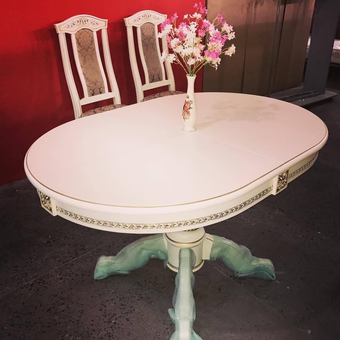 Овальный обеденный стол из массива бука раздвижной Размер 90*130 (+50 ) см. цвет слоновая кость с золотой патиной - фото pic_46637452632410fa65f1d4da8a4112a2_1920x9000_1.jpg