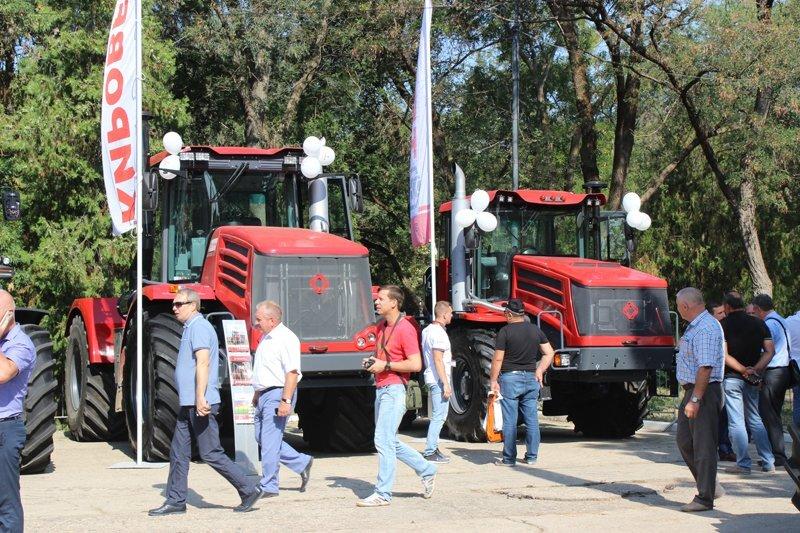 Подведение итогов уборочной кампании зерновых культур 2018 года в Крыму - фото pic_3b7809859cffeea_1920x9000_1.jpg