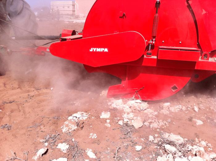 Камнеуборочная машина Крым