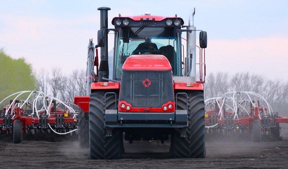 Трактор КИРОВЕЦ К-735 «ПРЕМИУМ» (К-744Р2)