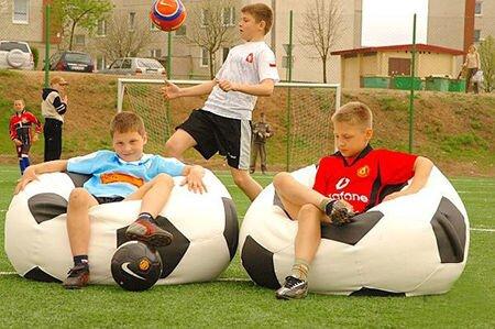 Футбольное надувное кресло - фото pic_a577919095b40c3_1920x9000_1.jpg