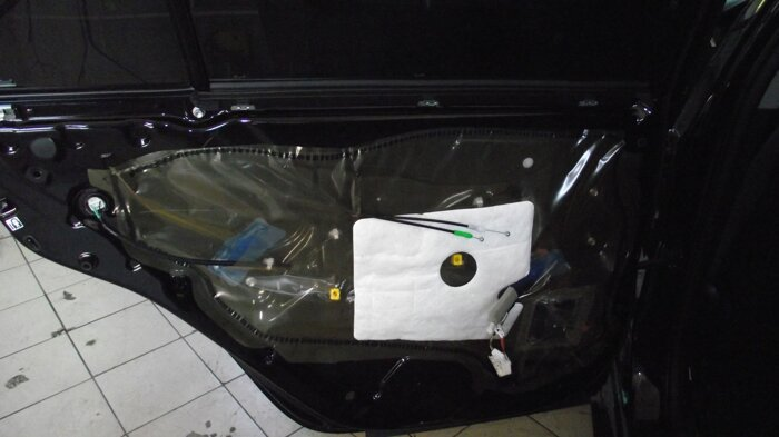 Шумоизоляция Toyota Camry - фото 4