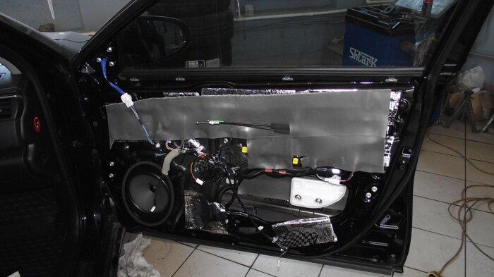 Шумоизоляция Toyota Camry - фото 3