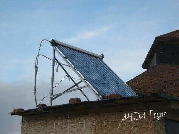 Монтаж солнечной сплит-системы для горячего водоснабжения - фото Солнечный коллектор на крыше