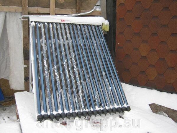 Солнечный коллектор в Курганской области. Геокупольный дом. - фото Солнечный коллектор с вакуумными трубками.