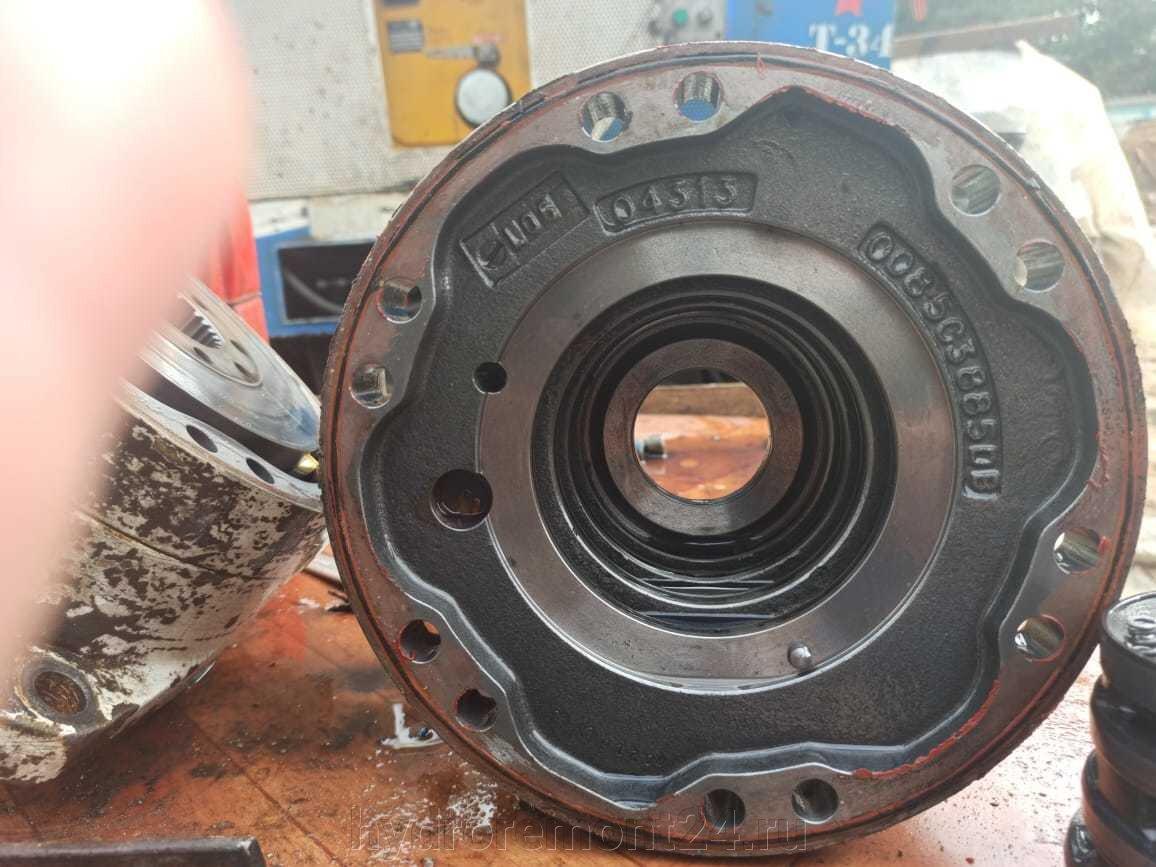 Гидромоторы Poclain - фото pic_28e4c1ec61ce38631fcf7ed368c2a802_1920x9000_1.jpg
