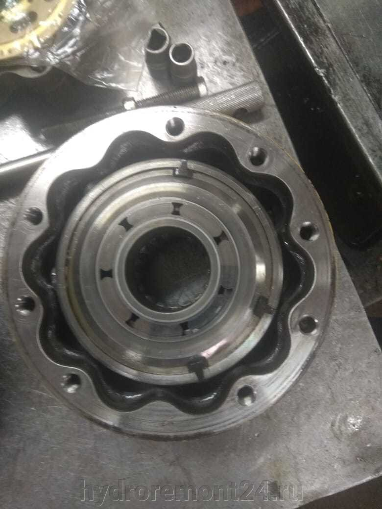 Гидромоторы Poclain - фото pic_d7d917424c83ebc915b01775246b8b22_1920x9000_1.jpg
