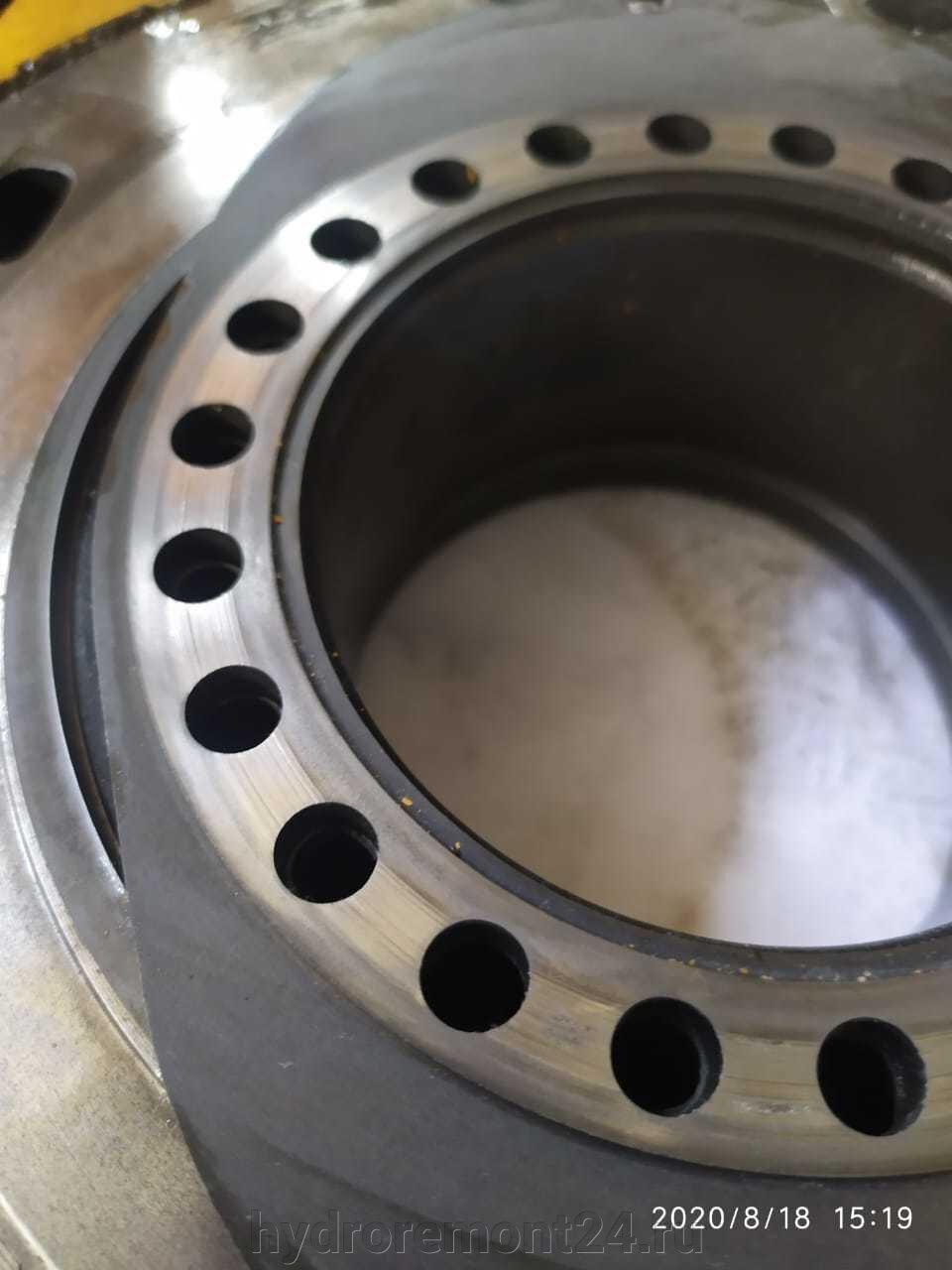 Гидромоторы Poclain - фото pic_0c573a248511b76863d4ddc4ef711dcf_1920x9000_1.jpg