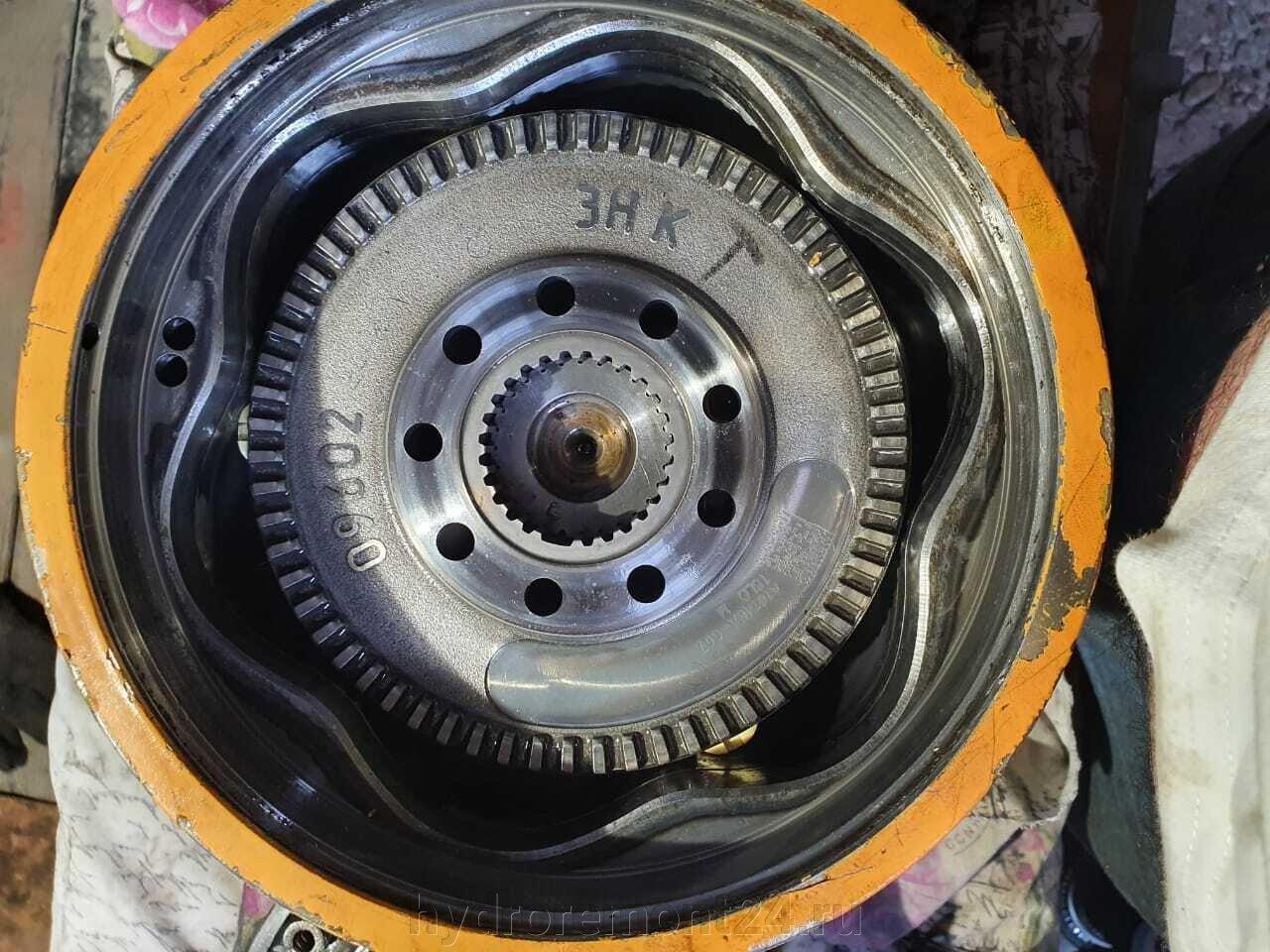 Гидромоторы Poclain - фото pic_d9bab3325a11ef06644db0a088f4d781_1920x9000_1.jpg