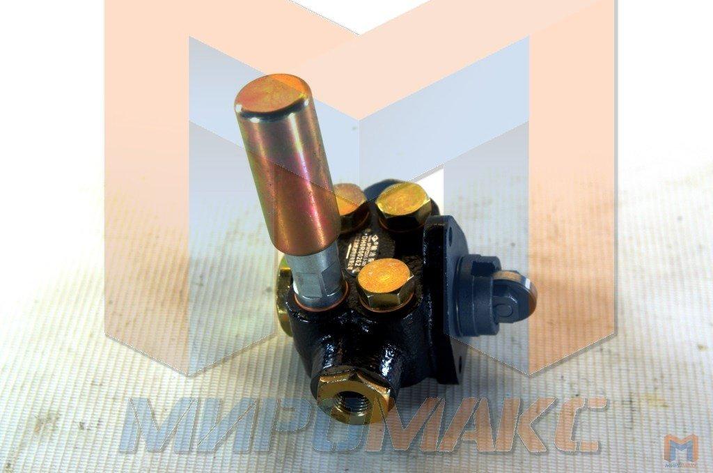 DH6P120, Насос ручной подкачки топлива Shanghai D9-220/C6121