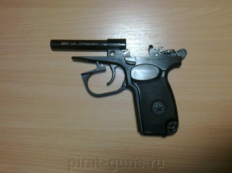 Охолощенный ПМ Р-411-02 (Кованный затвор) - фото https://images.satom.ru/i3/firms/28/104/104497/oholoshchennyy-pistolet-makarov-r-411-02-kovannyy-zatvor_dc462939c85963c_800x600_1.jpg