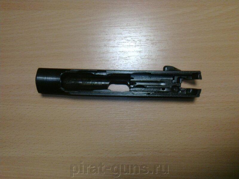 Охолощенный пистолет Макаров Р-411-02 (Кованный затвор) - фото oholoshchennyy-pistolet-makarov-r-411-02-kovannyy-zatvor_5f7e288551740b4_800x600_1.jpg